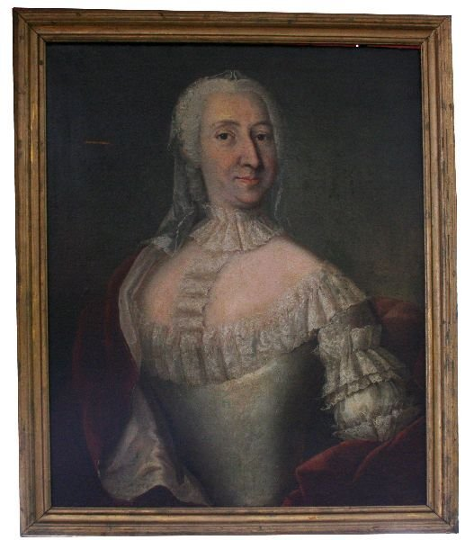 18TH CENTURY OIL PAINTING OF A HANDSOME WOMAN