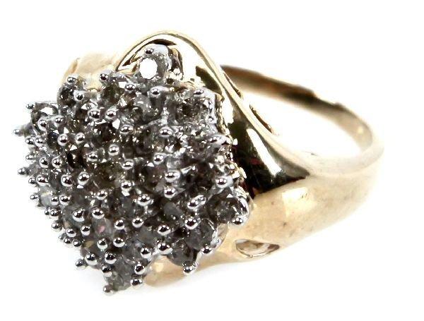 LADIES 10K GOLD 1.5 TCW DIAMOND CLUSTER RING