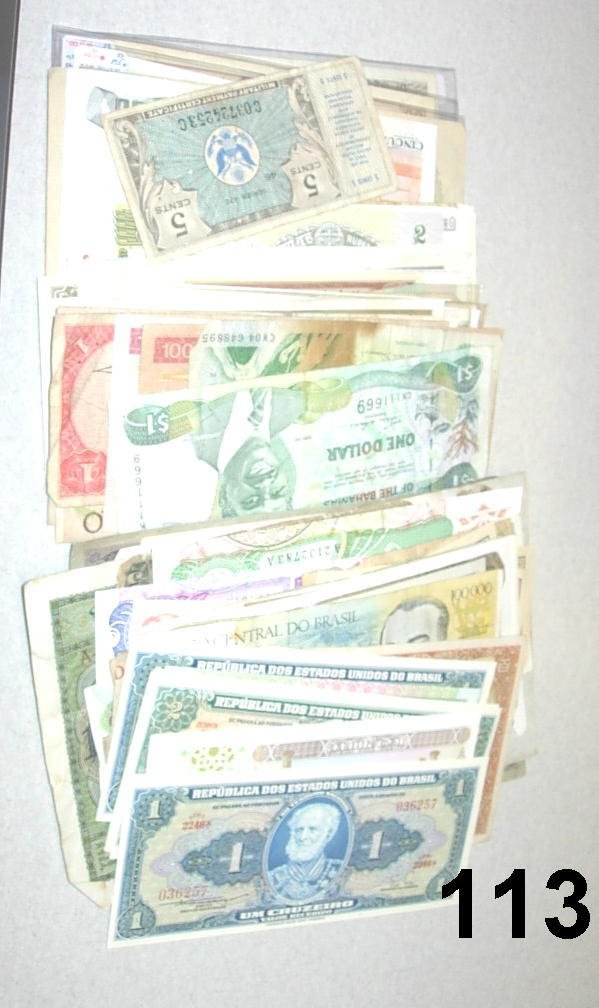 10113: LOT OF WORLD CURRENCY & BANKNOTES - HUGE VARIETY
