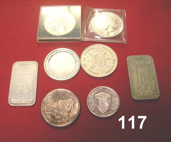 10117: SILVER LOT OF 5 1 OZ ROUNDS, (2) 1 OZ BARS (1) 1