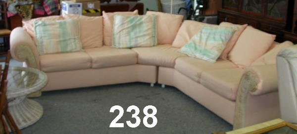 30238: VINTAGE SECTIONAL 2 PIECE PEACH COUCH SOFA
