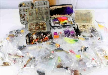 UNSEARCHED ANTIQUE VINTAGE FLY FISHING LURE LOT