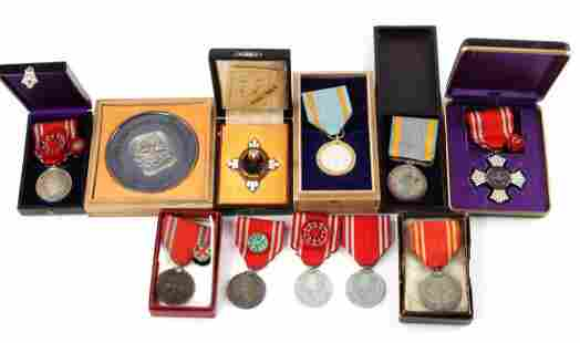 11 PRE-WWII WWII IMPERIAL JAPANESE RED CROSS MEDAL