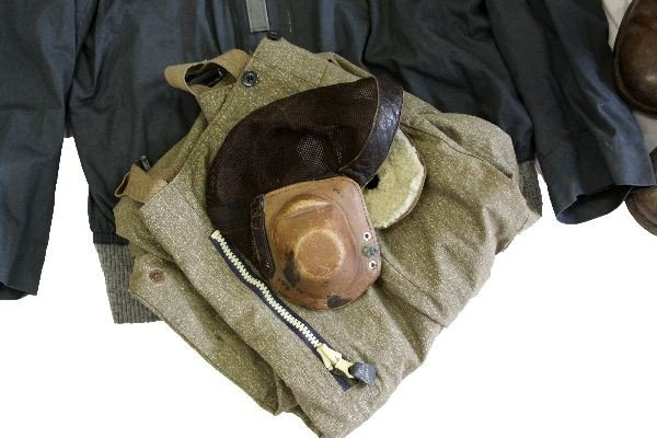386: WWII LUFTWAFFE PILOTS UNIFORM WITH BOOTS & HELMET - 2