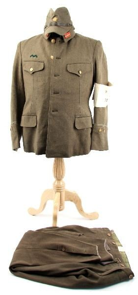 390: WWII JAPANESE ARMY MEDIC 1ST LT UNIFORM W/ VISOR