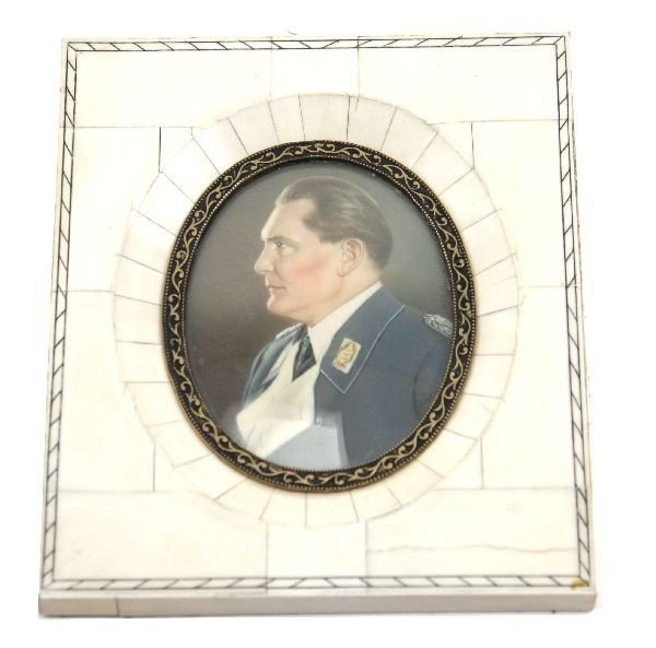 HAND PAINTED CAMEO PORTRAIT OF HERMANN GOERING