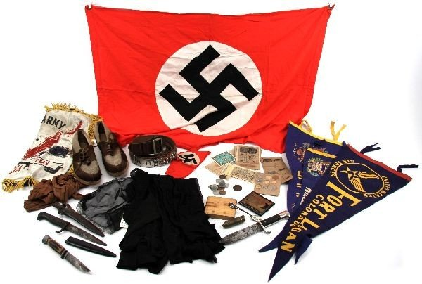 WWII VETERAN BOX OF SOUVENIRS FLAG BLADES & MORE