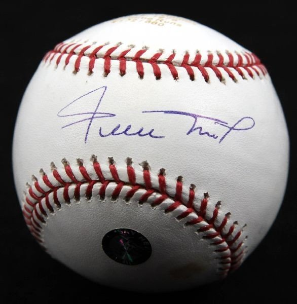 WILLIE MAYS SIGNED AND ENGRAVED HOME RUN BALL