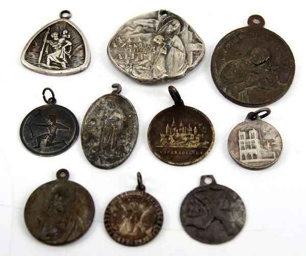 LOT OF RELIGIOUS PENDANTS SILVER DETECTOR FINDS
