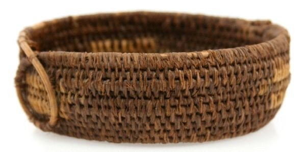 ANTIQUE NATIVE AMERICAN HANDWOVEN BASKET