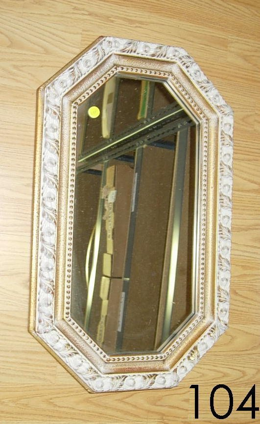 50104: VINTAGE 8 SIDED GOLD GILDED WALL MIRROR