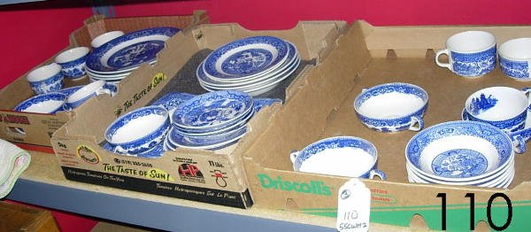 50110: ANTIQUE BLUE WILLOW POTTERY COLLECTION BOX LOT