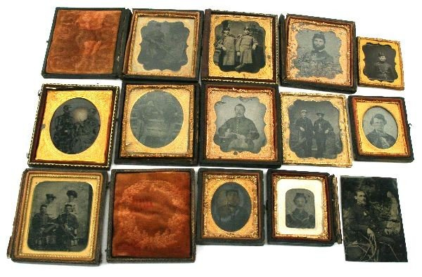 COLLECTION OF 13 CIVIL WAR TINTYPE SOLDIER PHOTOS