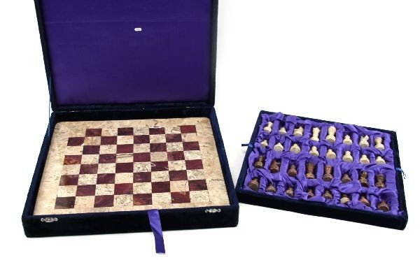 HAND CRAFTED MARBLE & GRANITE PAKISTANI CHESS SET - 4