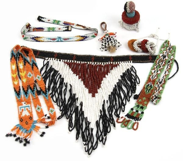 COLLECTION OF NATIVE AMERICAN BEAD WORK