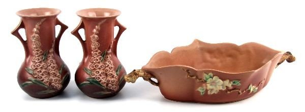 THREE ROSEVILLE POTTERY PIECES