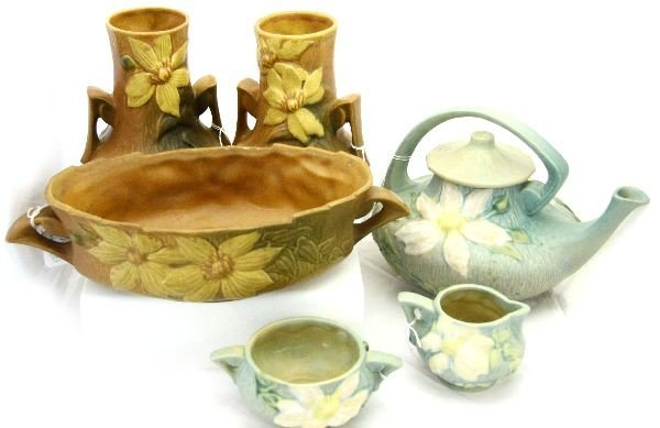 SIX PIECES OF ROSEVILLE CLEMATIS STYLE POTTERY