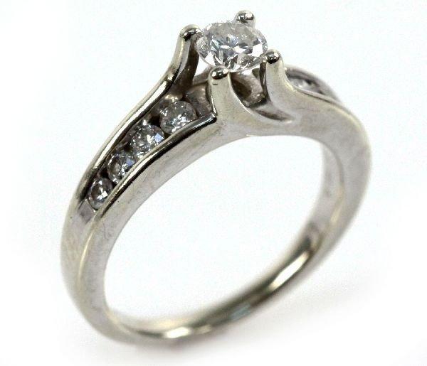 LADIES 14K WHITE GOLD 3/8 CT DIAMOND RING