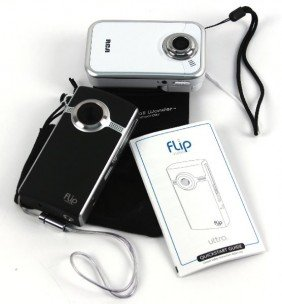 FLIP VIDEO ULTRA+RCA SMALL WONDER DIGITAL CAMCORD