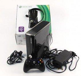 XBOX 360 KINECT READY PREMIUM S CONSOLE250GB HD
