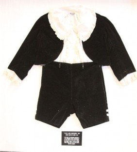 """FRAMED """"LITTLE LORD FAUNTLEROY"""" SUIT CIRCA 1924-25"""