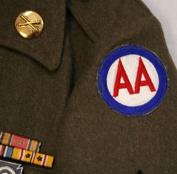 WWII US ARMY AIR CORP IKE JACKET WITH INSIGNIA - 3