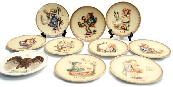 LOT OF HUMMEL COLLECTOR PLATES 1972 - 1980