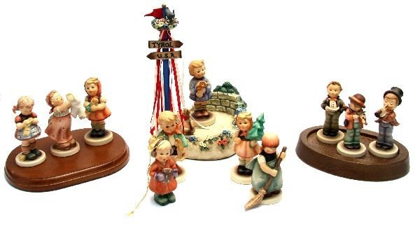 LOT OF SMALL HUMMEL FIGURES AND HUMMELSCAPE
