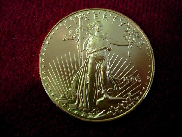 90036: 1998 GOLD AMERICAN EAGLE 1 OUNCE GOLD COIN BU