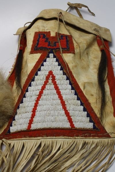 EARLY 1900 NATIVE AMERICAN BEADED TEEPEE BAG PLUS - 5