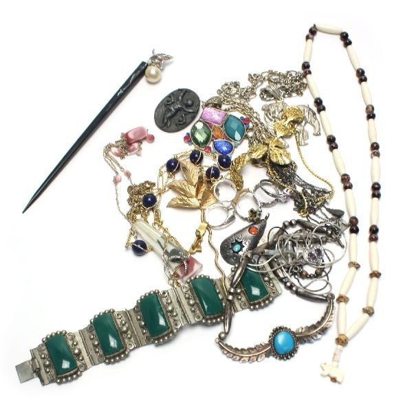 LOT OF LADIES COSTUME AND SILVER JEWELRY 2.03 OZT