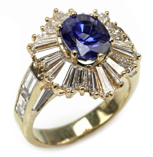 LADIES 18K GOLD NATURAL SAPPHIRE & DIAMOND RING
