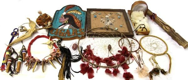 MIXED LOT OF MISCELLANEOUS NATIVE AMERICAN ITEMS