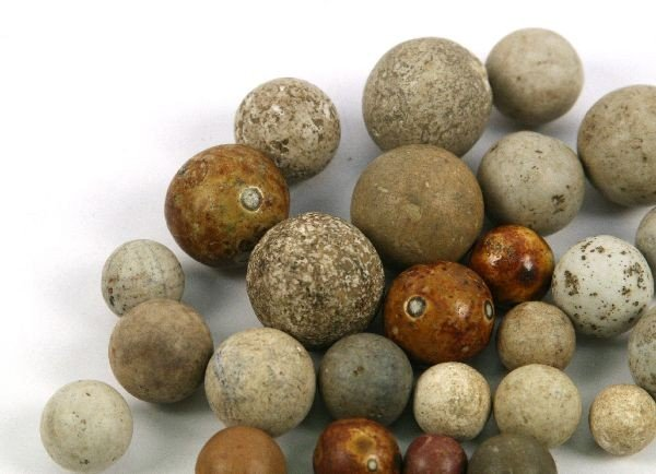 COLLECTION OF CLAY NATIVE AMERICAN GAMING BALLS OH - 4