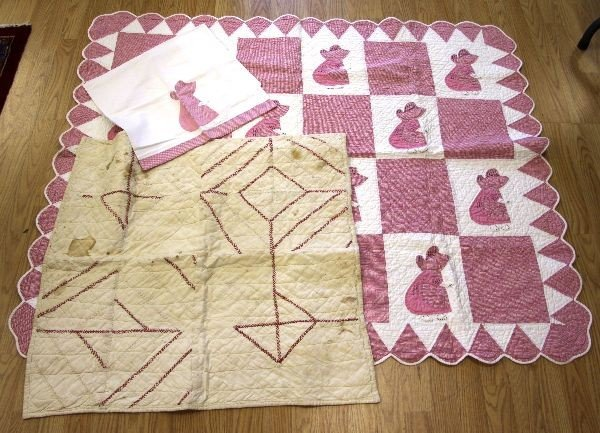 LOT OF VINTAGE QUILTS