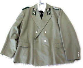 EAST GERMAN BORDER GUARD OFFICERS TUNIC