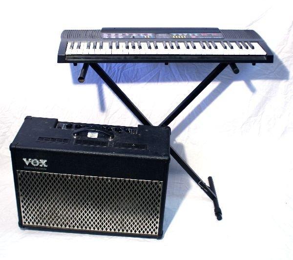 CASIO CTK 480 ELECTRIC KEYBORD W/ AMP& STAND