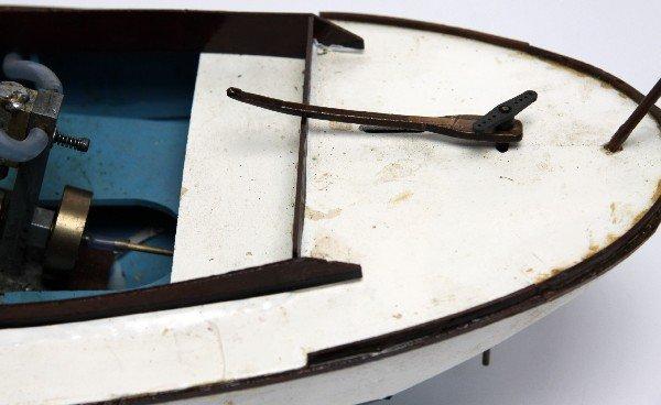 WOOD MODEL REMOTE CONTROL STEAM ENGINE BOAT - 2