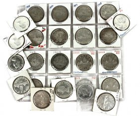 SET OF CANADA SILVER DOLLARS 1935-1965 WITH KEYS