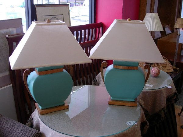 10004: ASIAN STYLE CERAMIC BRASS LAMP PAIR AQUA CERAMIC