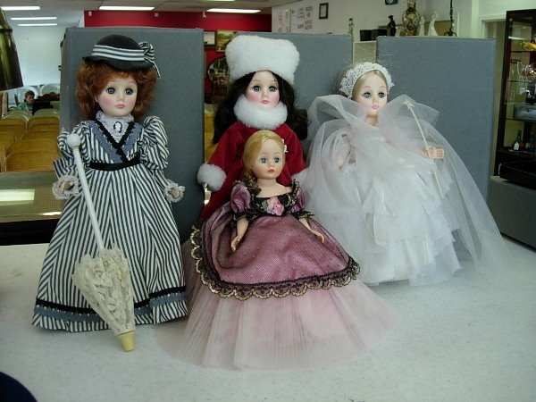 10005: MADAME ALEXANDER EFFANBEE DOLL LOT OF 4 1 MADAME