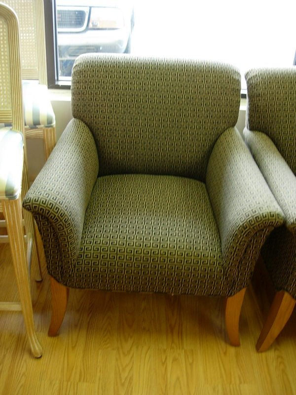 10008: BIEDERMEIR SIDE CHAIR   LOW BACK ROLLED ARMS BLA