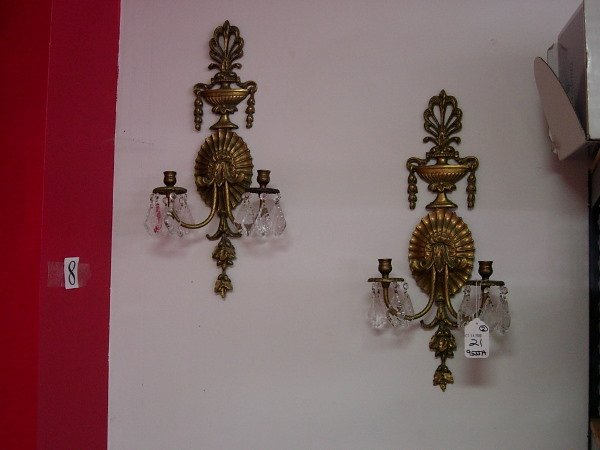 10021: ANTIQUE BRASS WALL SCONCE CANDLEHOLDER CRYSTAL