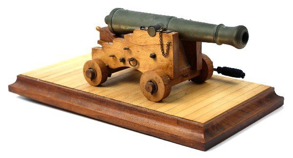 8 INCH GARRISON CANNON MODEL WITH BASE AND TOOL