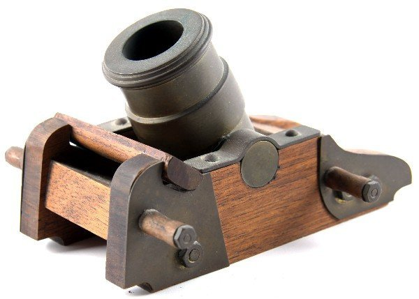 3 INCH MORTAR CANNON MODEL WITH CARRIAGE