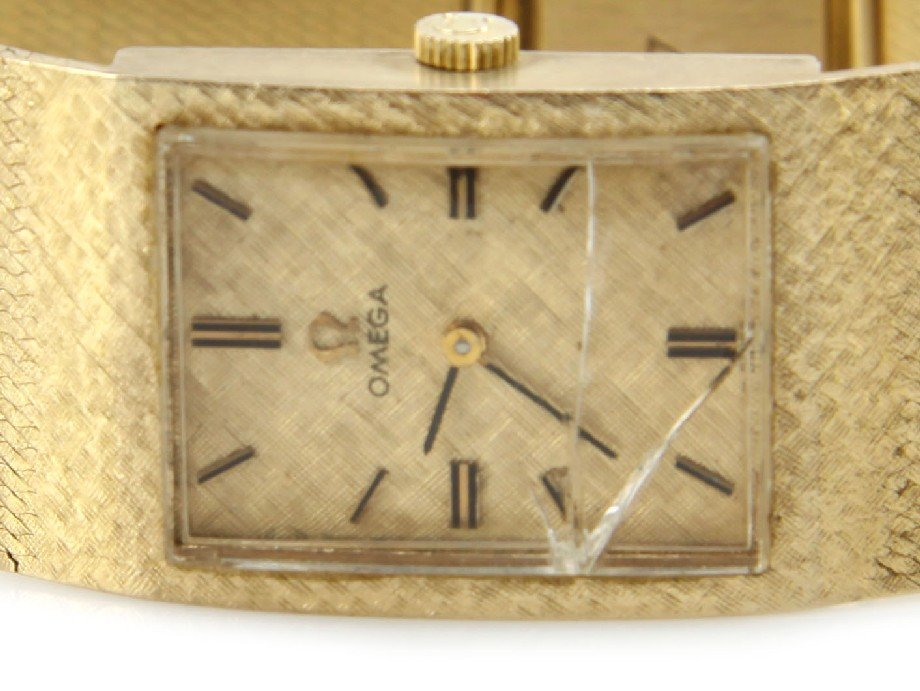 2368: MENS VINTAGE 14K GOLD OMEGA WRIST WATCH - 2