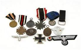 MIXED LOT WWII GERMAN MEDALS  ITEMS