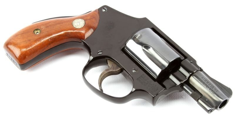 SMITH & WESSON MODEL 42 CENTENNIAL AIRWEIGHT - 3