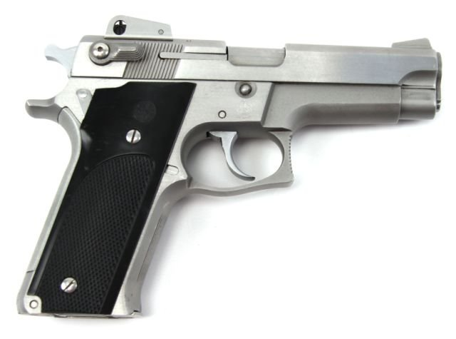 SMITH & WESSON MODEL 659 9MM PISTOL STAINLESS