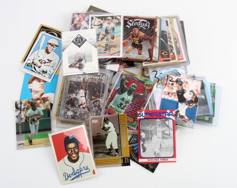 75+ FOOTBALL BASEBALL AND BASKETBALL CARDS